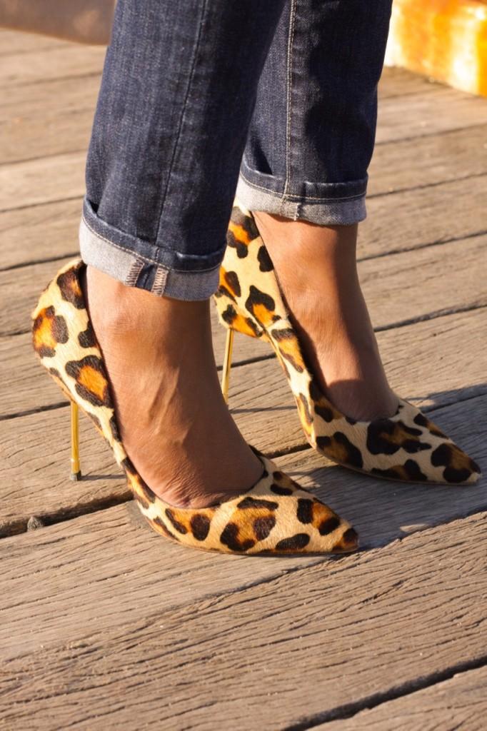 Cuffed Denim Leopard Pumps Street Style