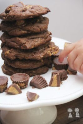 Reese's Peanut butter cup cookies, peanut butter cookies, chocolate peanut butter cookies, reeses cookies, coco and ash