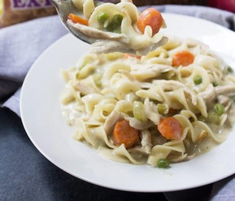 chicken pot pie noodle soup, chicken pot pie, chicken noodle soup, pot pie noodle soup, chicken pot pie noodle soup recipe, pot pie soup recipe, Chicken soup recipe