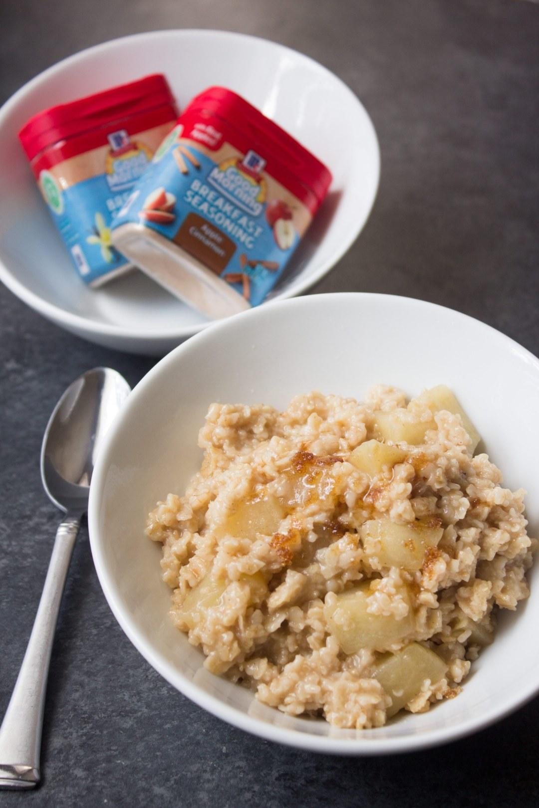 Overnight apple oatmeal, slow cooker oatmeal, slow cooker apple oatmeal, overnight oatmeal, apple, breakfast, oatmeal, apple oatmeal, recipe, coco and ash