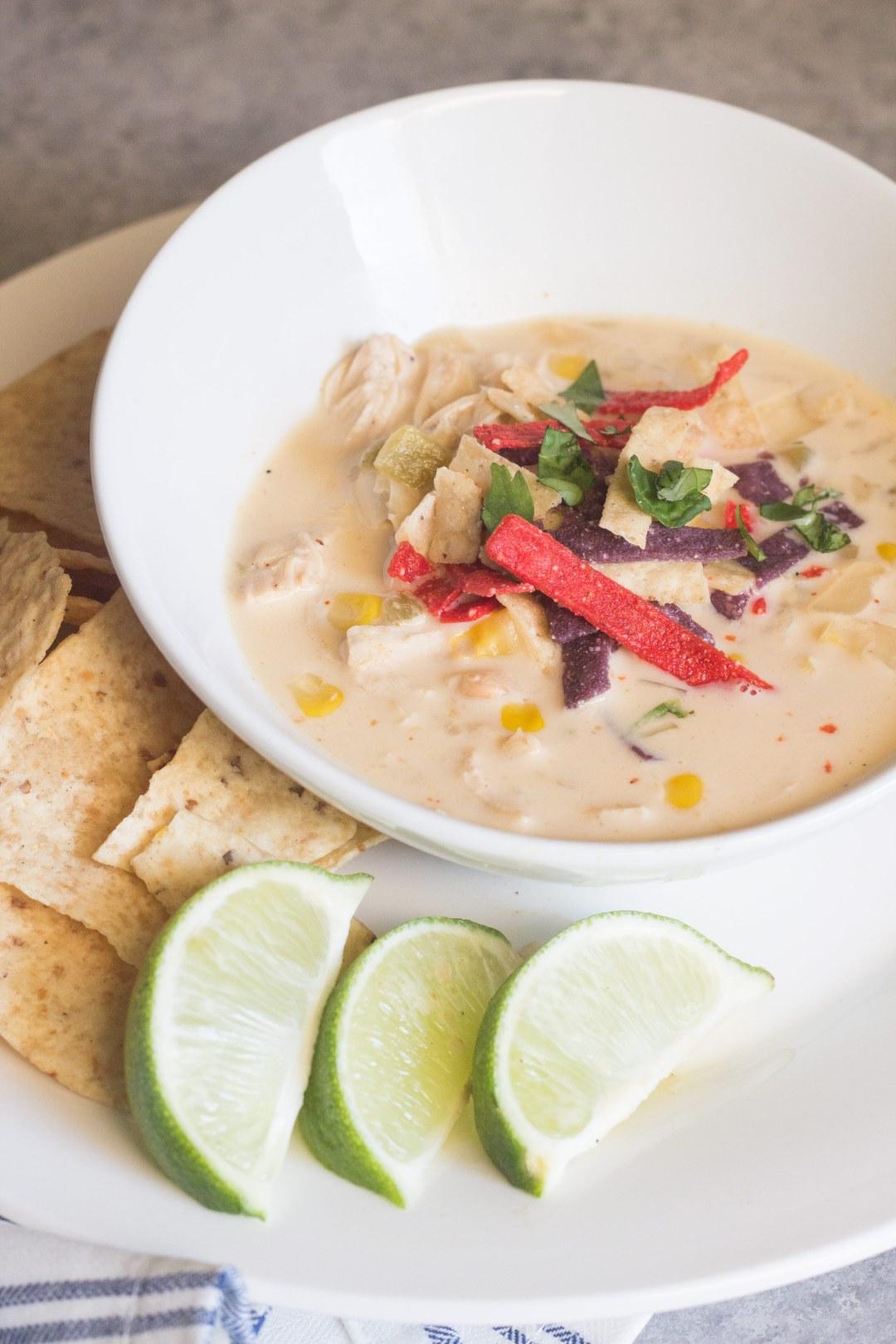 White chicken Chili, creamy white chicken chili, slow cooker chicken chili, crockpot white chicken chili,