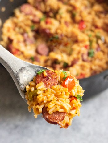 One Pot sausage peppers with rice, sausage and peppers, sausage and pepper with rice, coco and ash, easy dinner, one pot meals, one pot dinner
