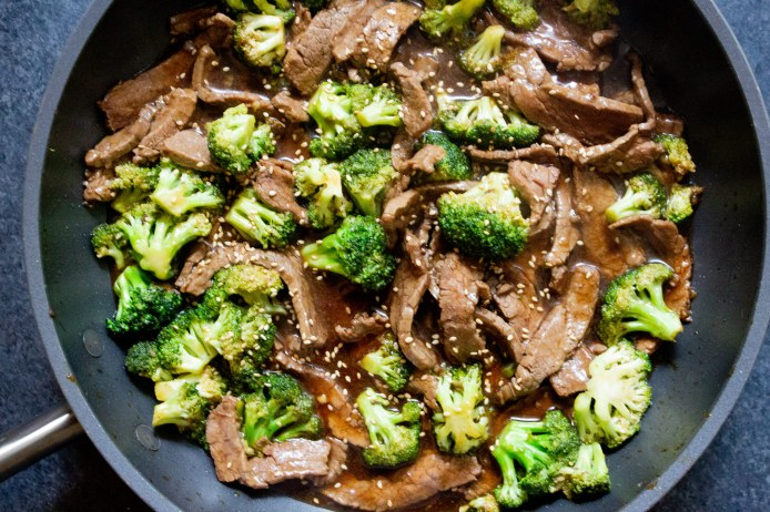 easy beef and broccoli stir fry, stir fry, beef and broccoli, easy dinner, coco and ash