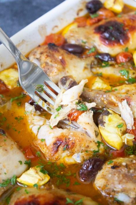 Mediterranean Chicken Bake, chicken dinner, baked chicken, coco and ash, mediterranean diet,