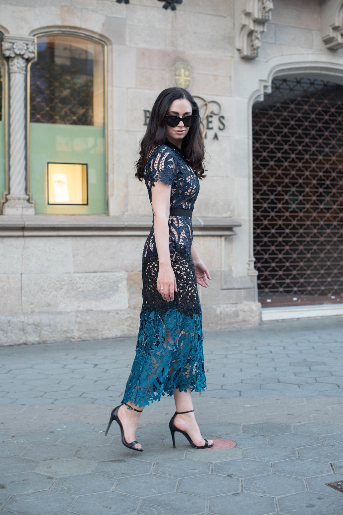 Canadian fashion blogger Cee Fardoe of Coco & Vera wears a Self-Portrait dress and Celine sunglasses in Barcelona
