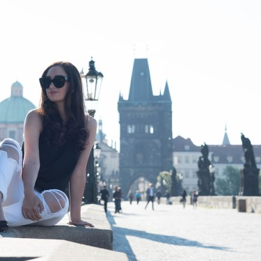 Travel outfit on style blogger Cee Fardoe of Coco & Vera, featuring Celine Audrey sunglasses