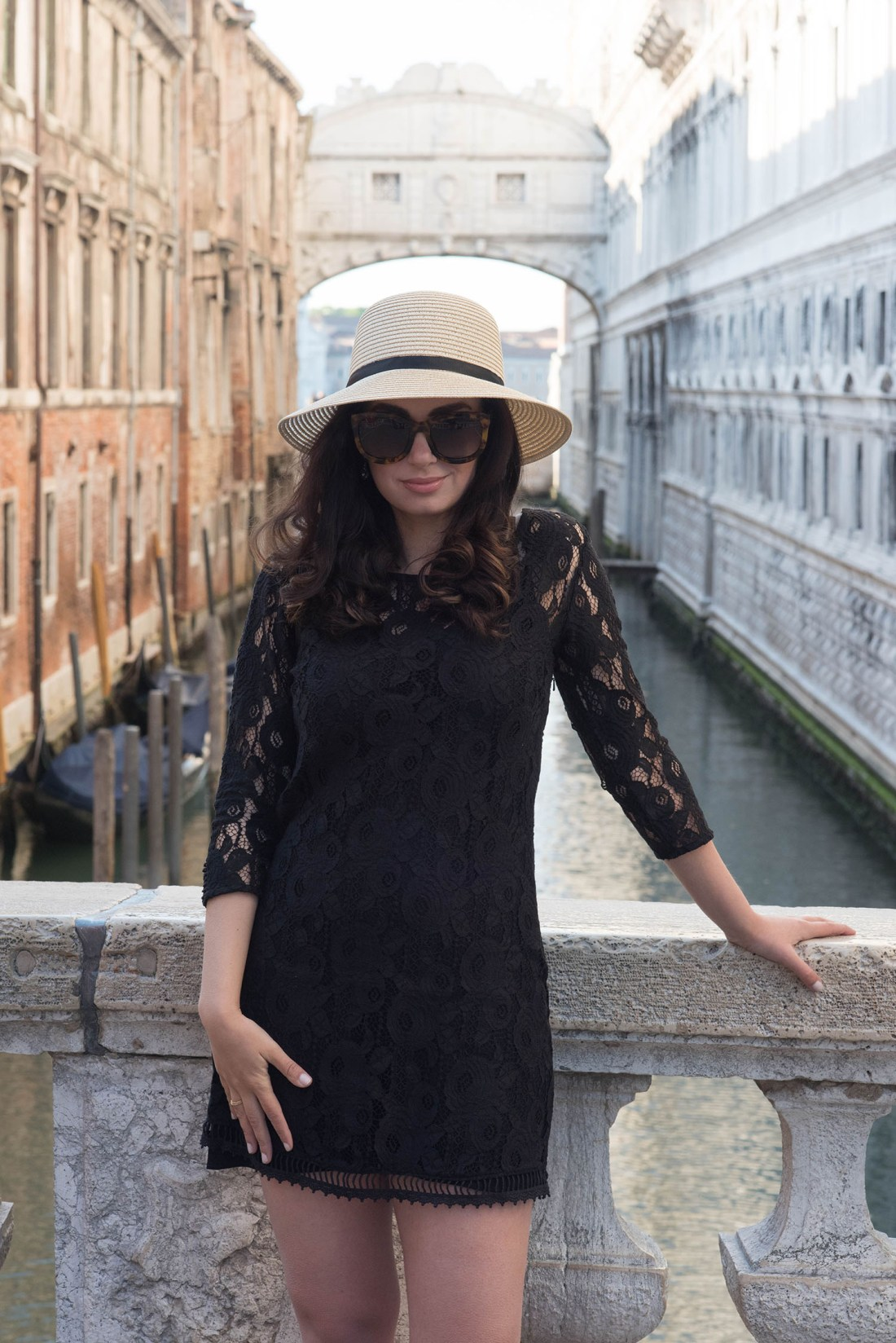 Portrait of fashion blogger Cee Fardoe of Coco & Vera wearing Anine Bing Los Angeles sunglasses and a Gentlefawn dress in Venice