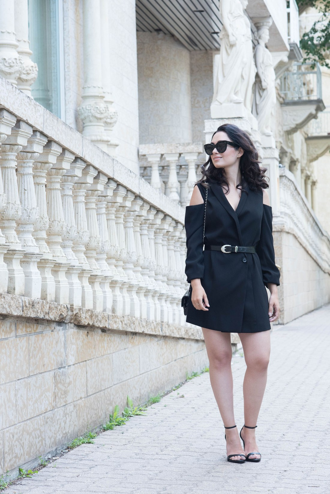 Fashion blogger Cee Fardoe of Coco & Vera wears and Ever New cold shoulder dress, vintage belt and Steve Madden Stecy sandals