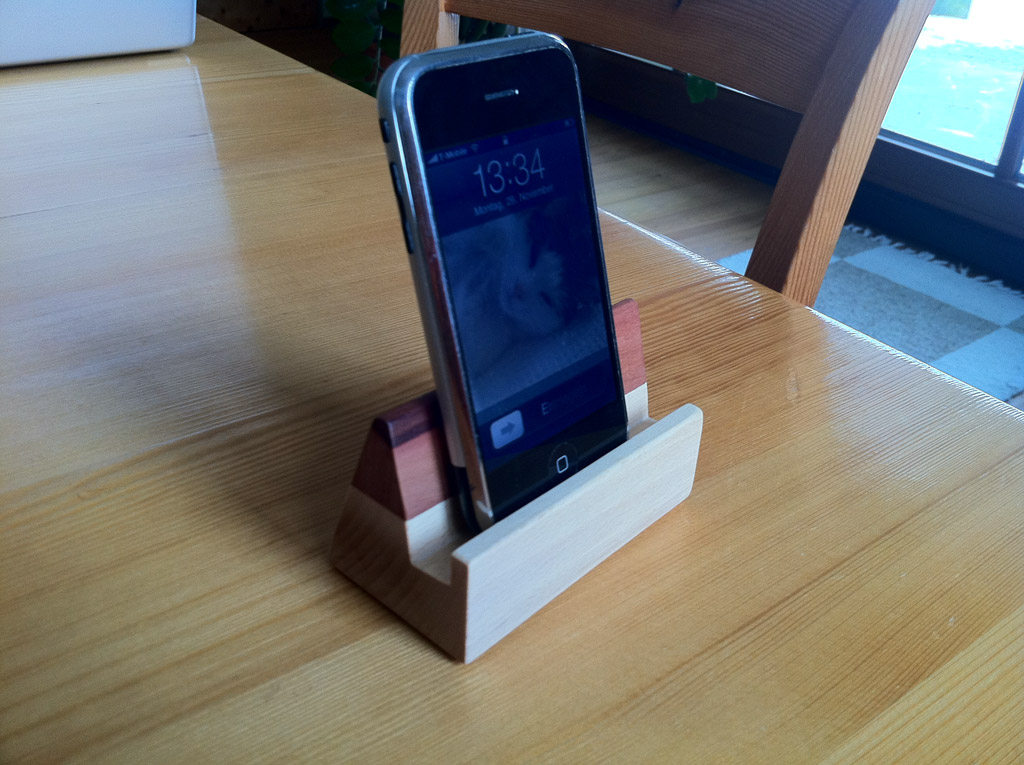 Wooden stands for ipad and iphone cocoanetics