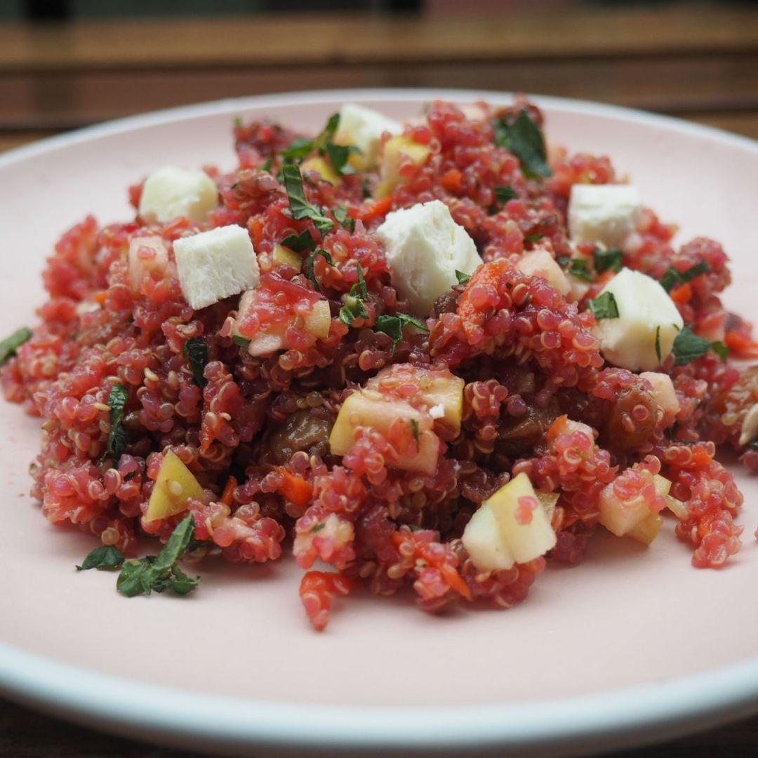 receta ensalada quinoa saludable vegana