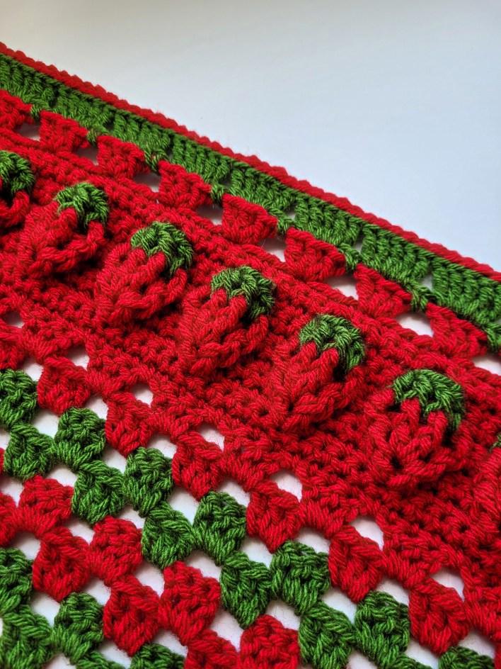 Strawberry Sunshine Blanket - Free Crochet Pattern - CoCo Crochet Lee - Lion Brand Yarn