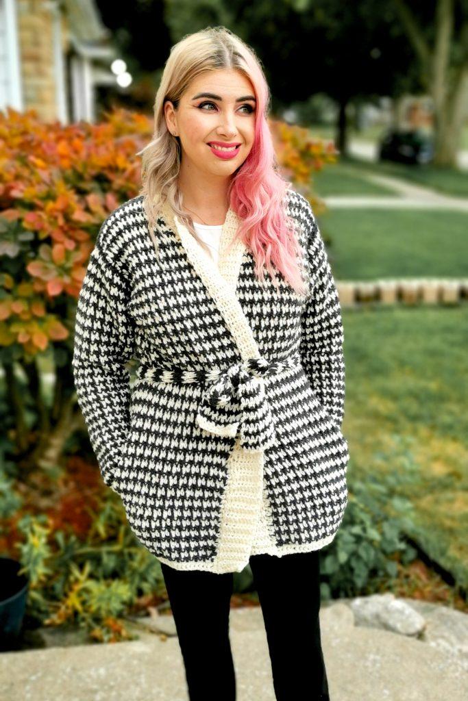 Houndstooth Comfy Cardigan - Free Crochet Pattern - CoCo Crochet Lee - Lee Sartori, Lion Brand Yarn