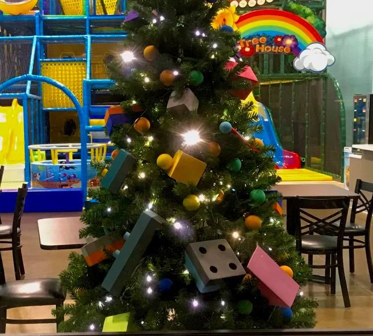 6 Tips for Visiting Coconut Cove Over Christmas Break