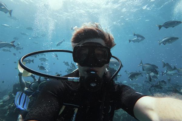 Diving in Belize