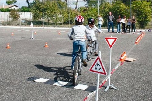 Les enfants et le code de la route