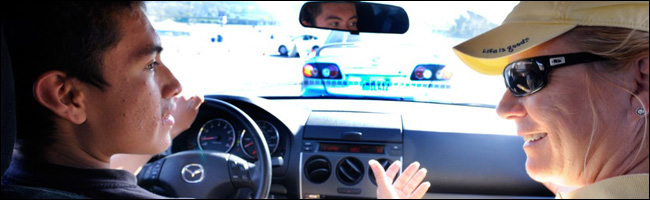 Accompagnement des jeunes aux dangers de la route par Ford