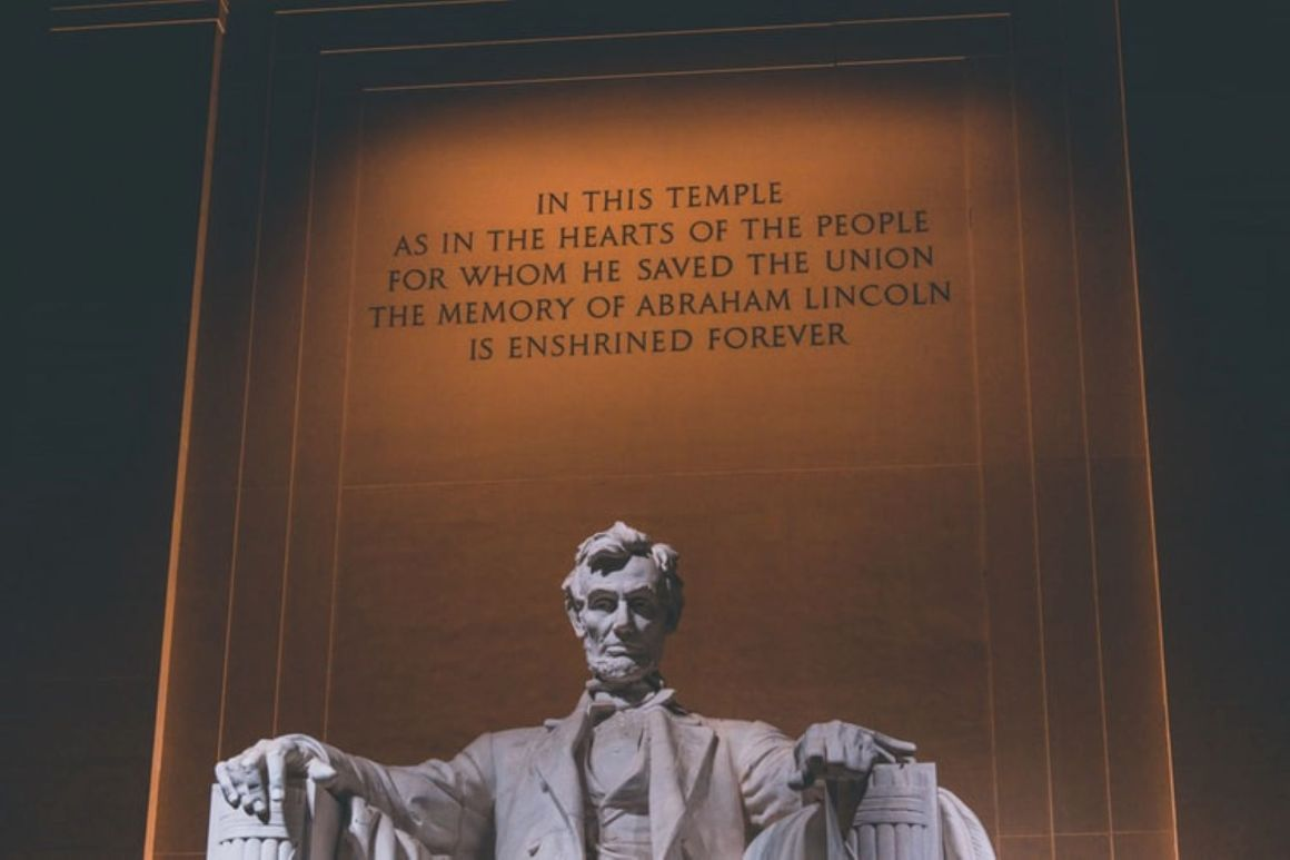 Abraham Lincoln Quotes-Featured Image