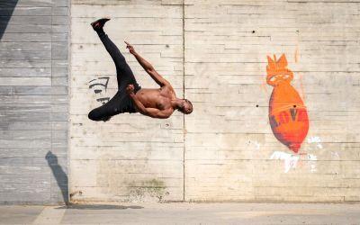 Arts martiaux, performance physique, chorégraphie et culture urbaine. Le tricking préfigure t-il un avenir du sport ?