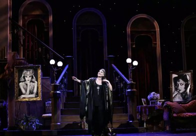 Sunset Boulevard Brings Hollywood to Moonlight