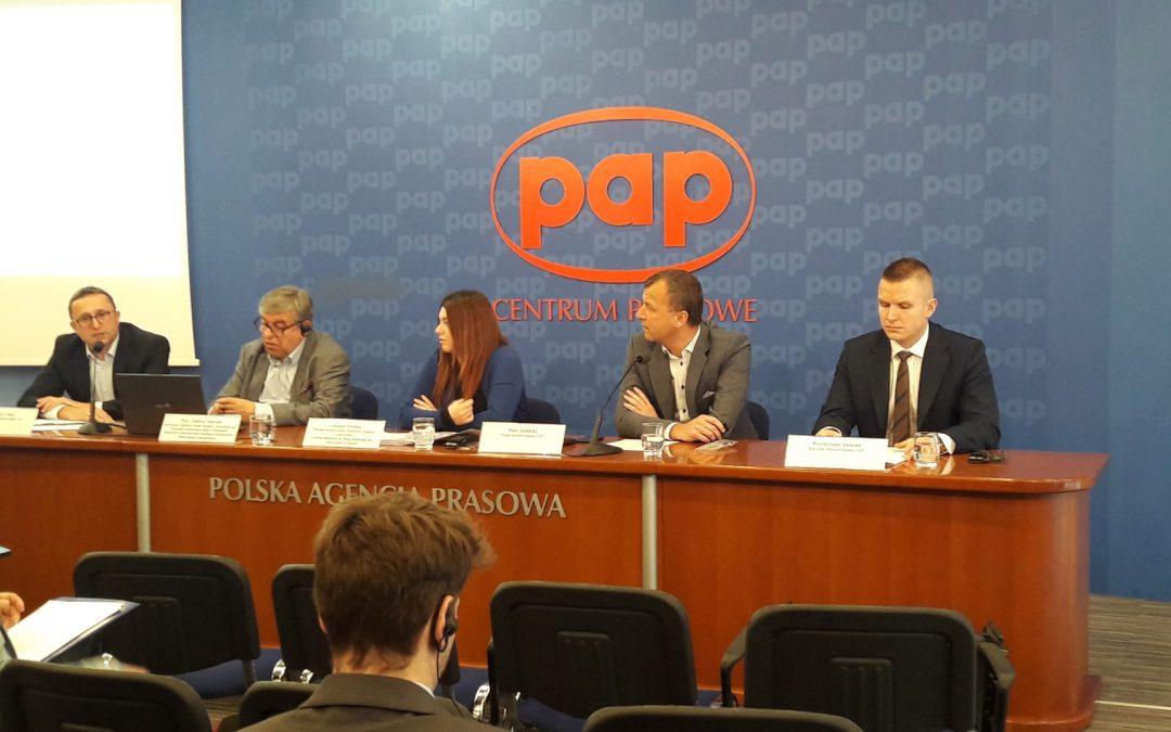 CoEHAR, LIAF e VAP Polonia per chiedere meno tasse sulle ecig
