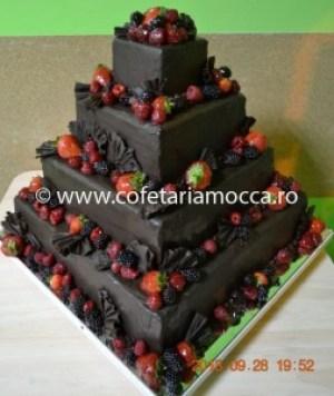 tort de nunta din ciocolata