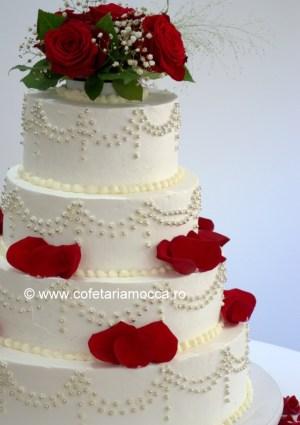 tort nunta cu petale oradea