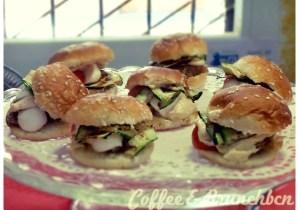 Sábado-de-buffet-vegetariano-y-vegano-–-Bar-Celoneta-Mini-bocadillos.jpg