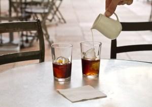 Café con leche frío cold brew