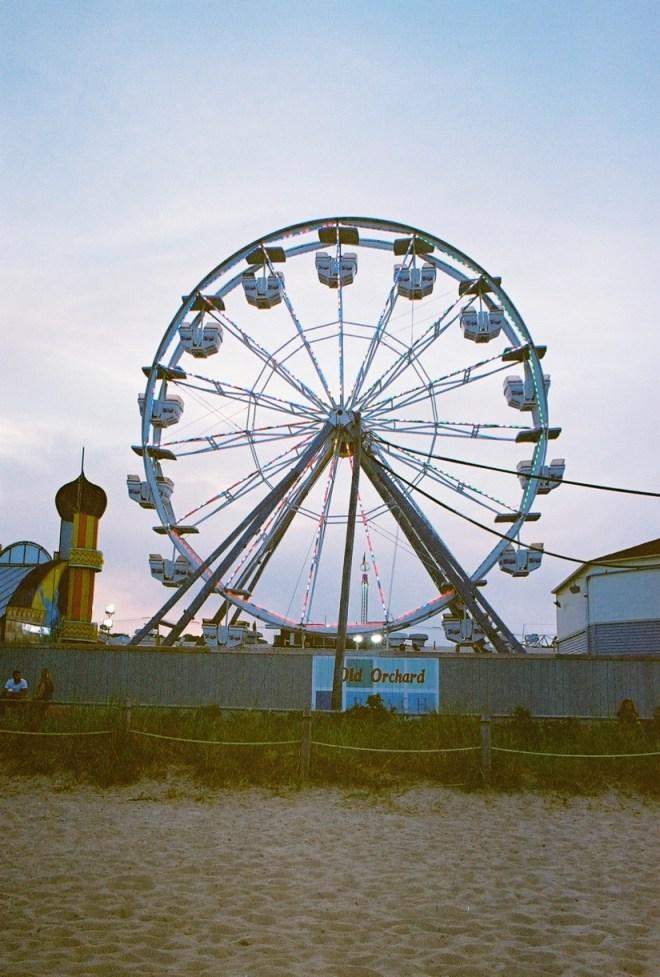 film-11-oob-ferris-wheel