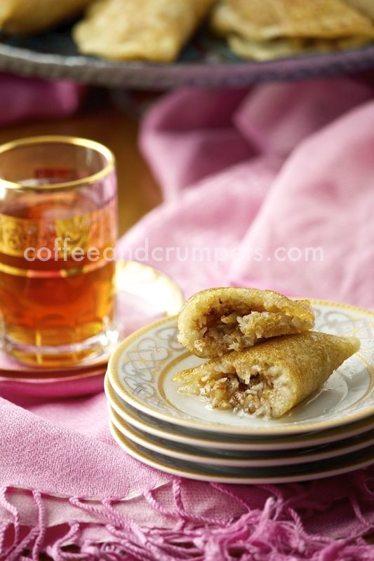 ataif with walnuts and coconut