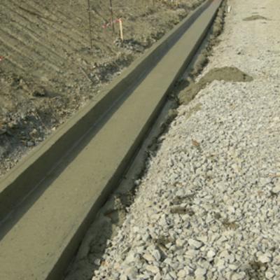 Cunette e canalette prefabbricate  in cemento per raccolta acqua Variet ed uso