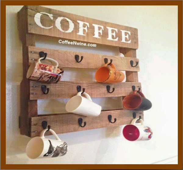 Pallet coffee cup holder - Cool DIY project.