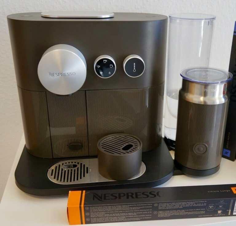 Nespresso Expert Milk C85 front