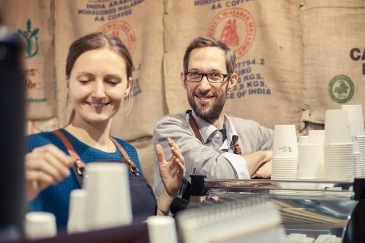 Barista von der Kaffeekirsche aus Berlin
