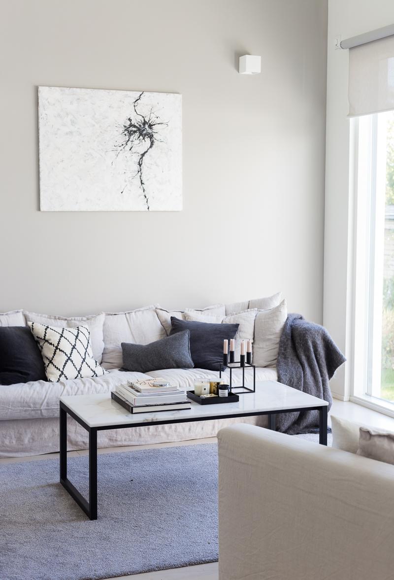 Kuistin kautta koti, olohuone, Le Grand Air sohva nojatuoli, moderni koti, sisustusalttari
