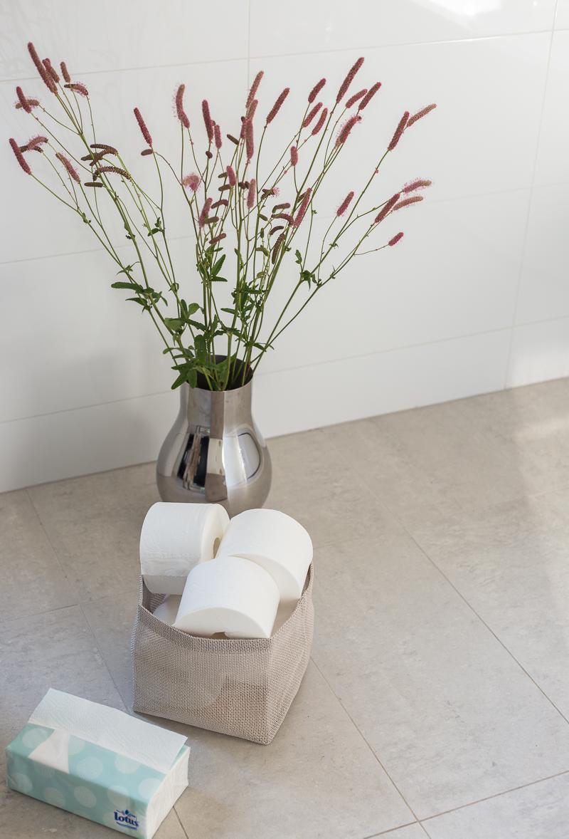 Lotus pehmopaperit, Lotus Quick & Chic talouspaperiarkki, Lotus Smart hylsytön wc-paperirulla, koti-spa, kylpyhuone