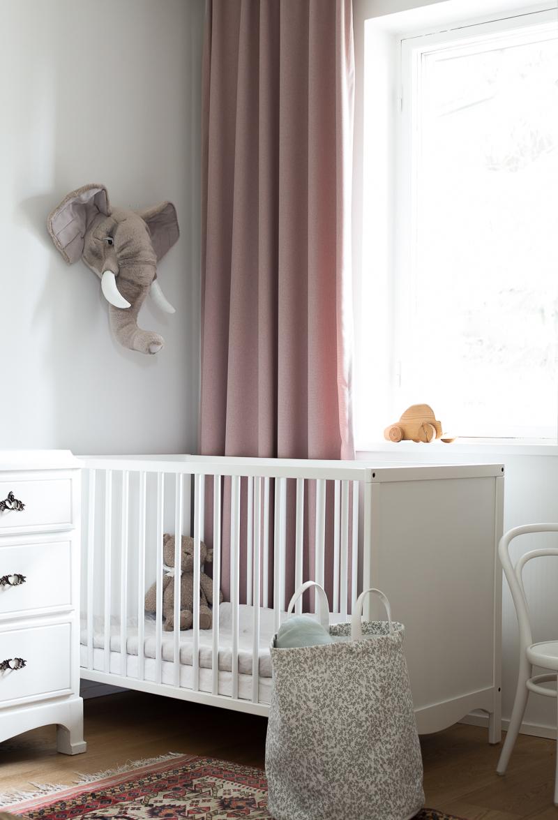 sisarusten yhteinen lastenhuone, tytön ja pojan yhteinen huone, lastenhuoneen sisustustus, Hemtex Little Roomies