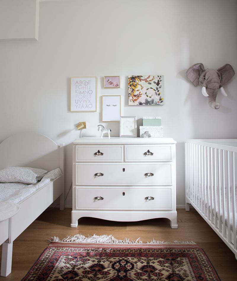 sisarusten yhteinen lastenhuone, tytön ja pojan yhteinen huone, lastenhuoneen sisustustus