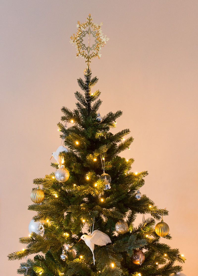 Kaunis tekokuusi Triumph Tree & Kultainen latvatähti Georg Jensen