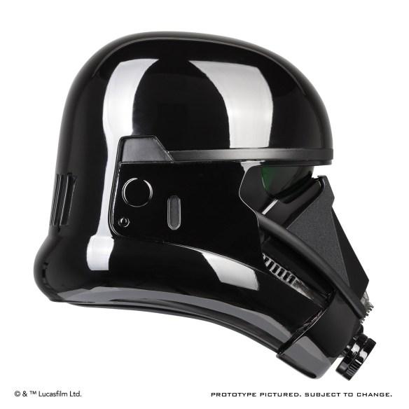 death_trooper_helmet_04