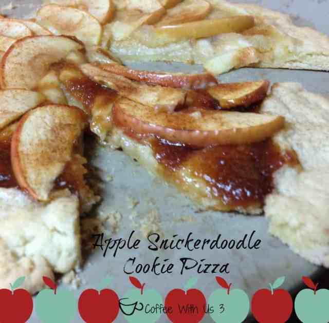 Apple Snickerdoodle Cookie Pizza