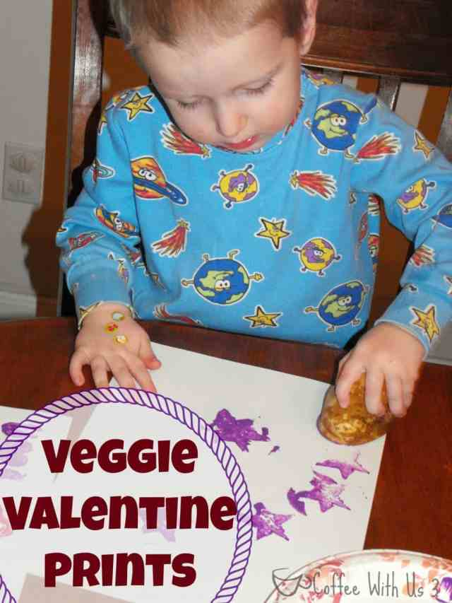veggie vdayVeggie Stamp Valentines- Easy and fun way for little ones to make their own Valentine's Day cards!