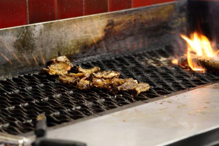 barbecue a bois et charbon