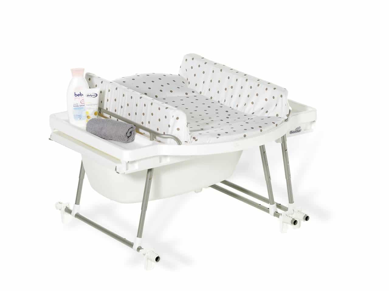 table a langer avec baignoire laver