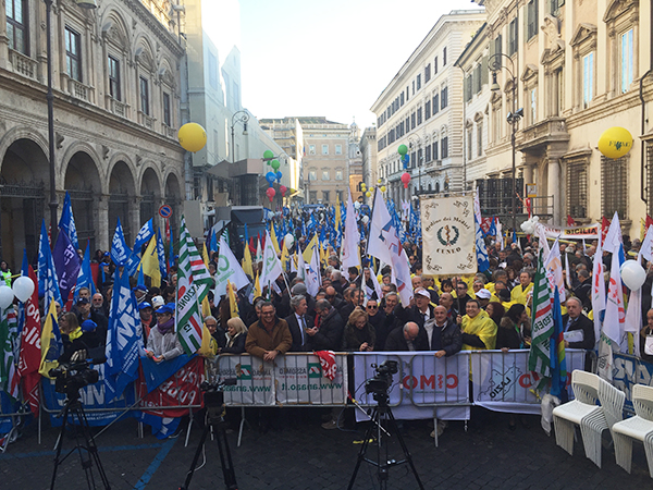 COI AIOG presente alla manifestazione del 28 novembre a Roma