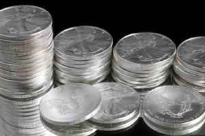 https://i0.wp.com/www.coinnews.net/wp-content/uploads/2014/01/Bullion-American-Silver-Eagles.jpg