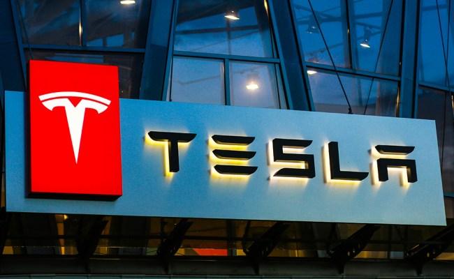 Tesla Stock Price Moves North As Oppenheimer Remains Bullish