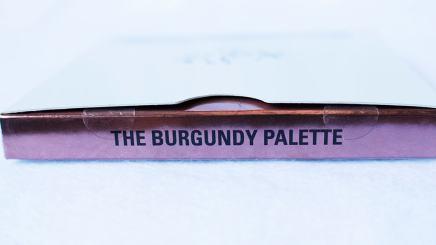 Kyshadow The Burgundy Palette Kylie Cosmetics Embalagem detalhe