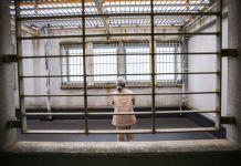 idosa na prisão do Japão