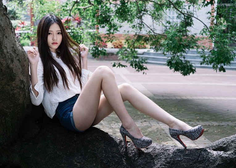 Padrão de beleza japonês - pernas longas